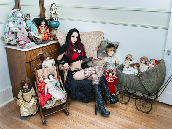 Emily The Sorceress with Dolls